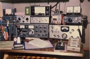 TS-520X+逆VにてHF運用開始